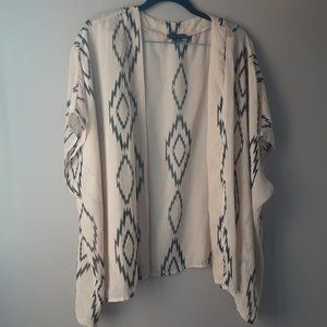 🌞 Seductions Short Sleeve Boho Kimono Beige | L